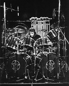 Neil Peart and his kit